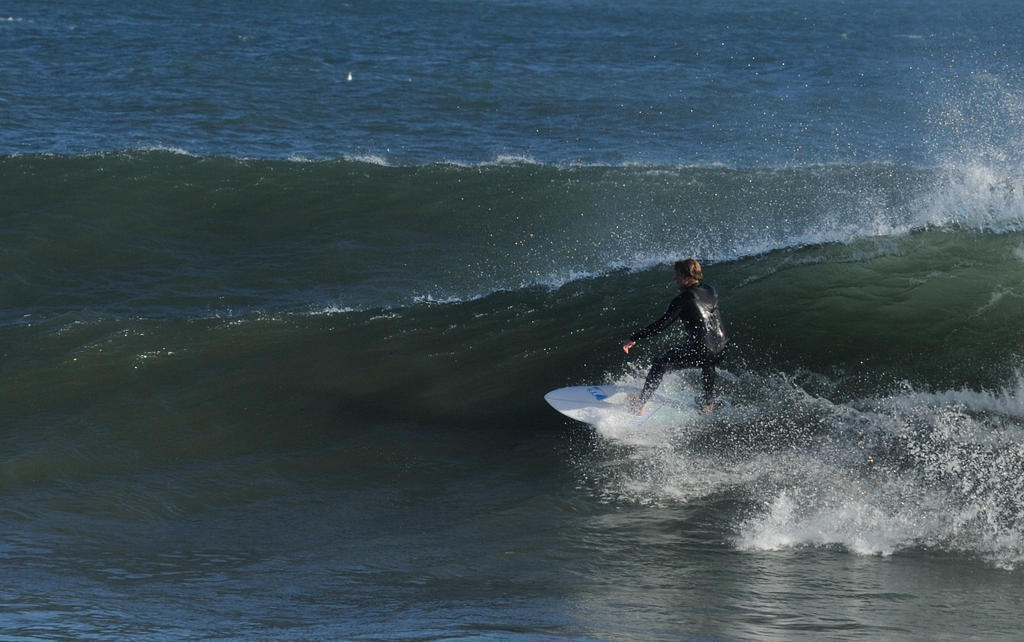 Surf's up! Contribute surf photography please!-zoomer_00021.jpg