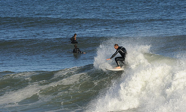 Surf's up! Contribute surf photography please!-top-turn_00016.jpg