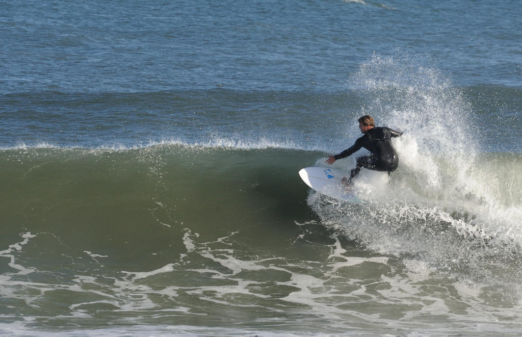 Surf's up! Contribute surf photography please!-mid_00007.jpg