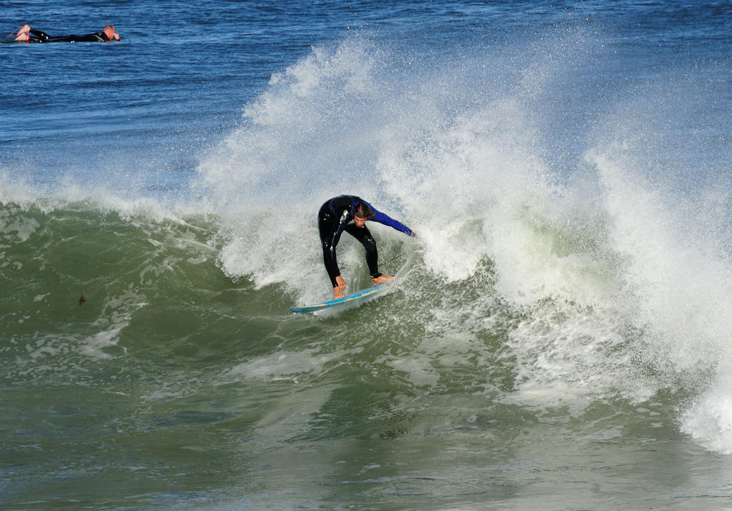 Surf's up! Contribute surf photography please!-gettin-it_00002.jpg