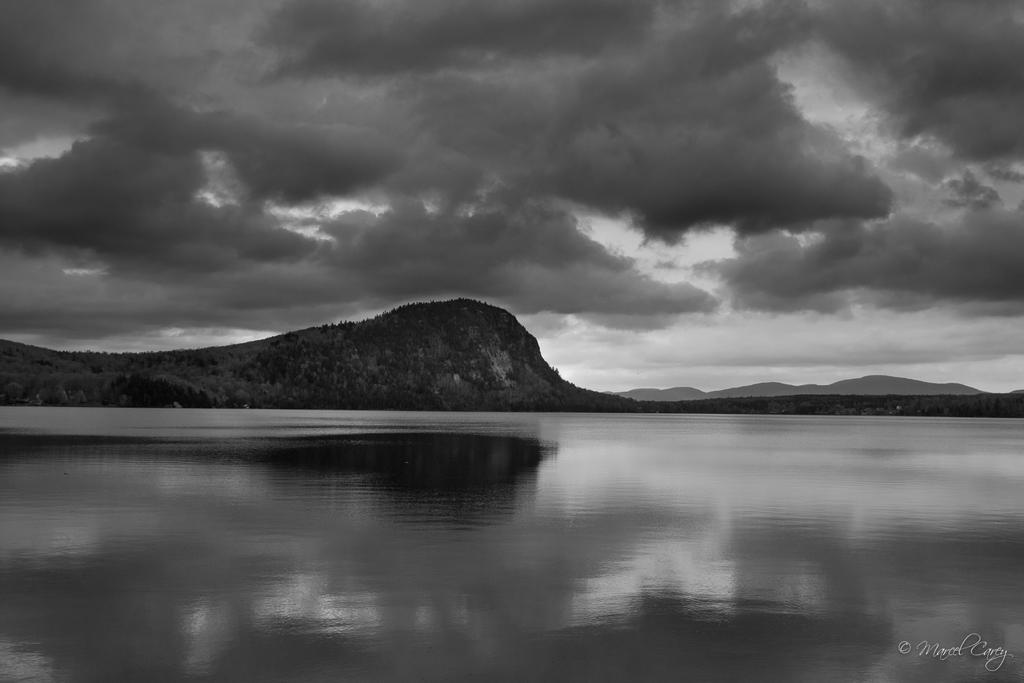 Weekly Challenge MAY 16 - 23: Landscape in Black and White-d72_2213.jpg