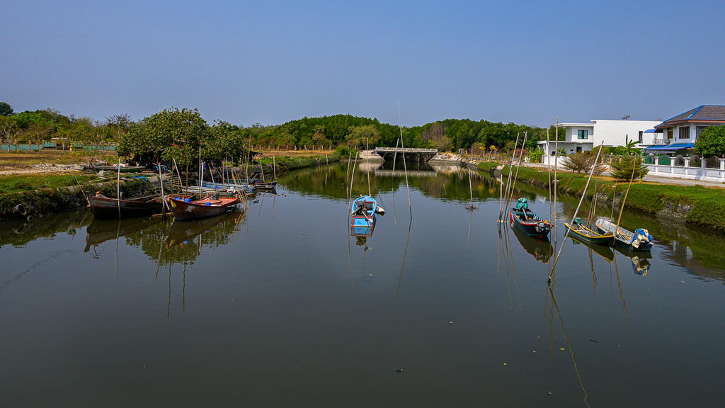 Post your Z50 images-boats-5.jpg