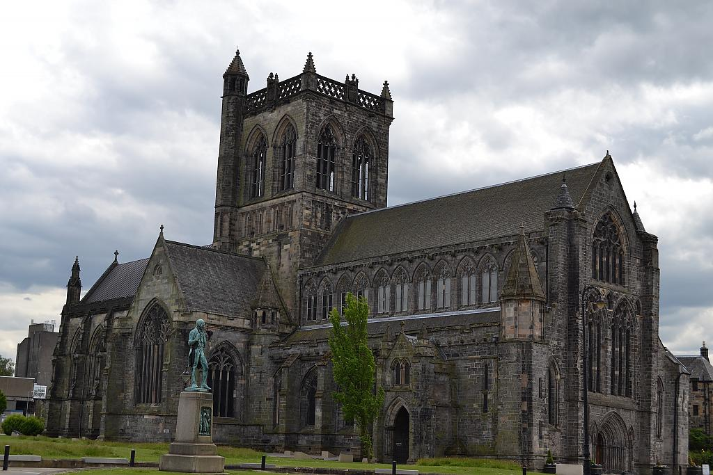 Paisley Abbey by Raymie in Member Albums