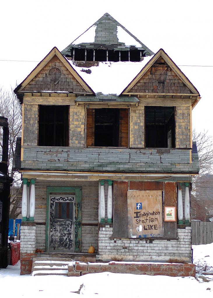 Detroit Blight by carguy in Member Albums