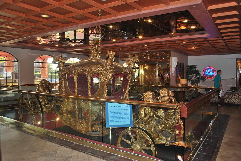 the gold state coach by Roy1961 in Roys D60
