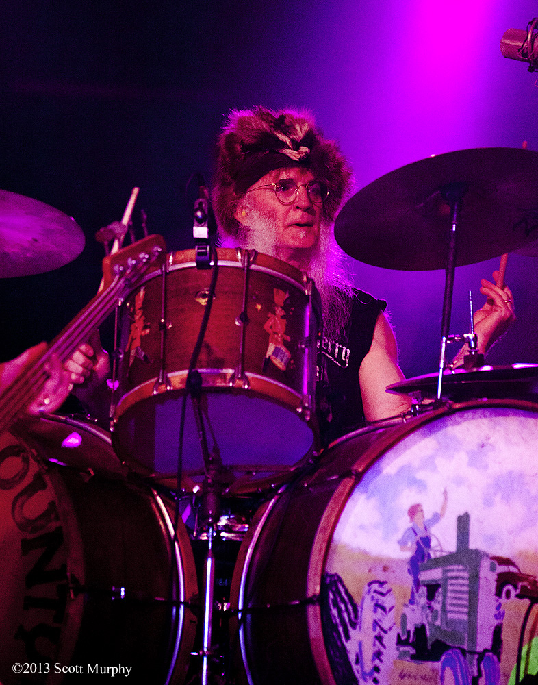 Fred Young and his pet coon he wears like a hat - Kentucky Headhunters by STM in Member Albums