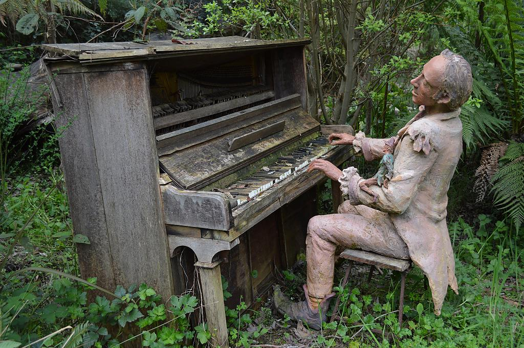 Piano Man by brads in Member Albums