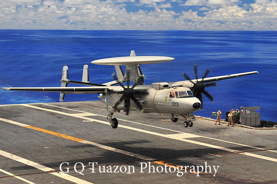 E2c hawkeye recovery landing by gqtuazon in Member Albums