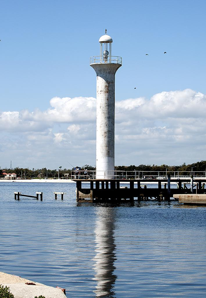 Broadwater lighthouse by grandpaw in Member Albums