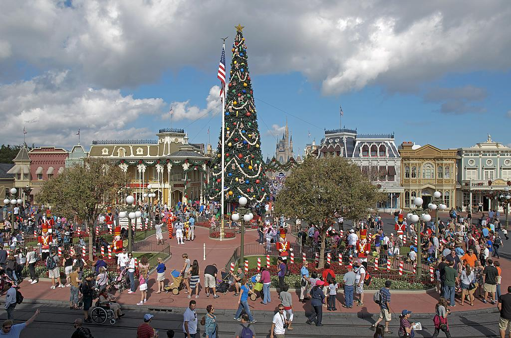 Christmas at Disney World by grandpaw in Member Albums